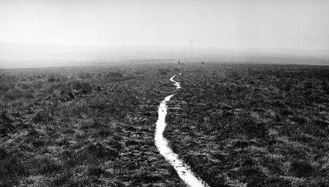 Hamish Fulton, Mankingholes on the Pennine Way, 1973
