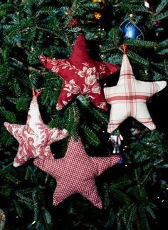 DIY Homemade Christmas Ornaments at BetterBudgeting: Rustic Fabric Stars with printed fabric and pillow quilt batting