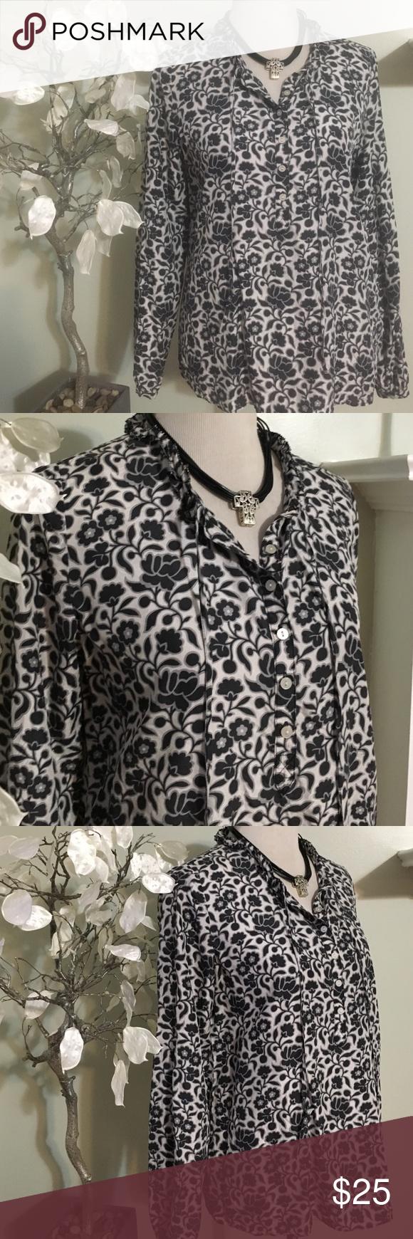856c014c8b0148 LIZ CLAIBORNE SILK BLOUSE Gorgeous blouse in excellent condition ...
