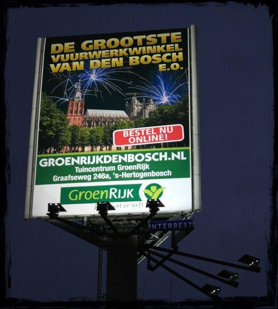 De grootste vuurwerkwinkel van Den Bosch e.o., Groenrijk Den Bosch op het grootste billboard van Den Bosch. Meer info: www.groenrijkdenbosch.nl   Ook knallend het jaar uit? www.interbest.nl #interbest #denbosch #vuurwerk #online #webshop #vuurwerkwinkel #billboard #billboards #buitenreclame #ooh #brabant #a2 #kingsize #reclamemast #reclamezuil #snelwegreclame #vuurwerkwinkel
