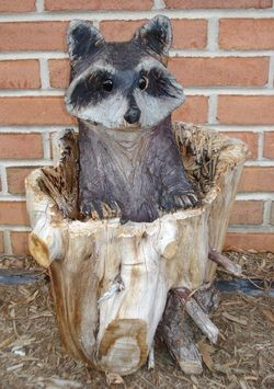 Chainsaw wood carvings chainsaw wood carved raccoons wood