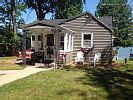 VRBO.com #555047 - Charming Classic Lakefront Cottage - Waupaca Chain 'O Lakes
