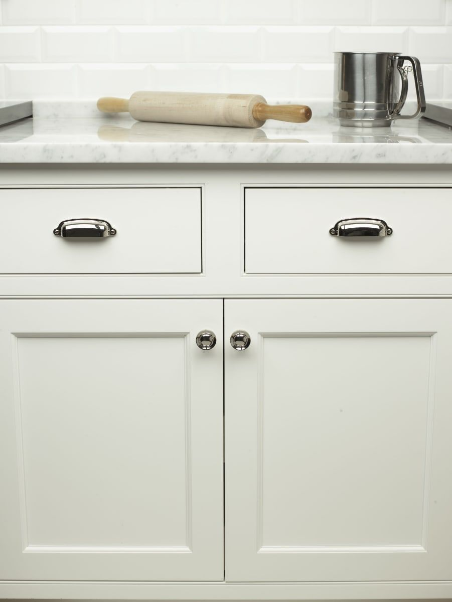 top knobs m1301 in 2019 woodberry road kitchen cabinets cabinet rh pinterest com