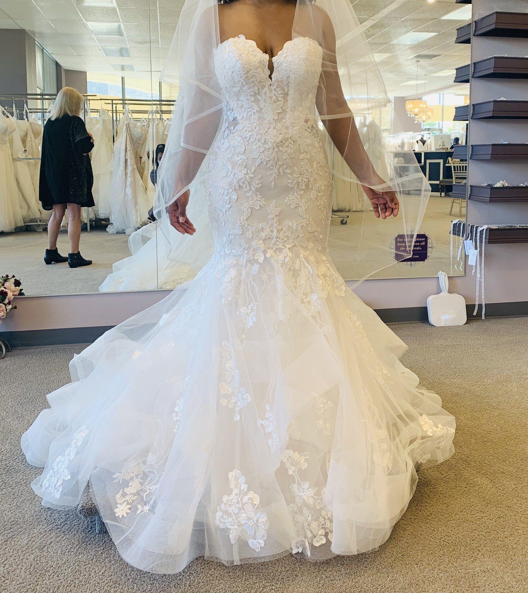 Essense Of Australia D2908 In 2021 Wedding Gowns Mermaid Designer Wedding Dresses Mermaid Wedding Dress [ 2048 x 1822 Pixel ]