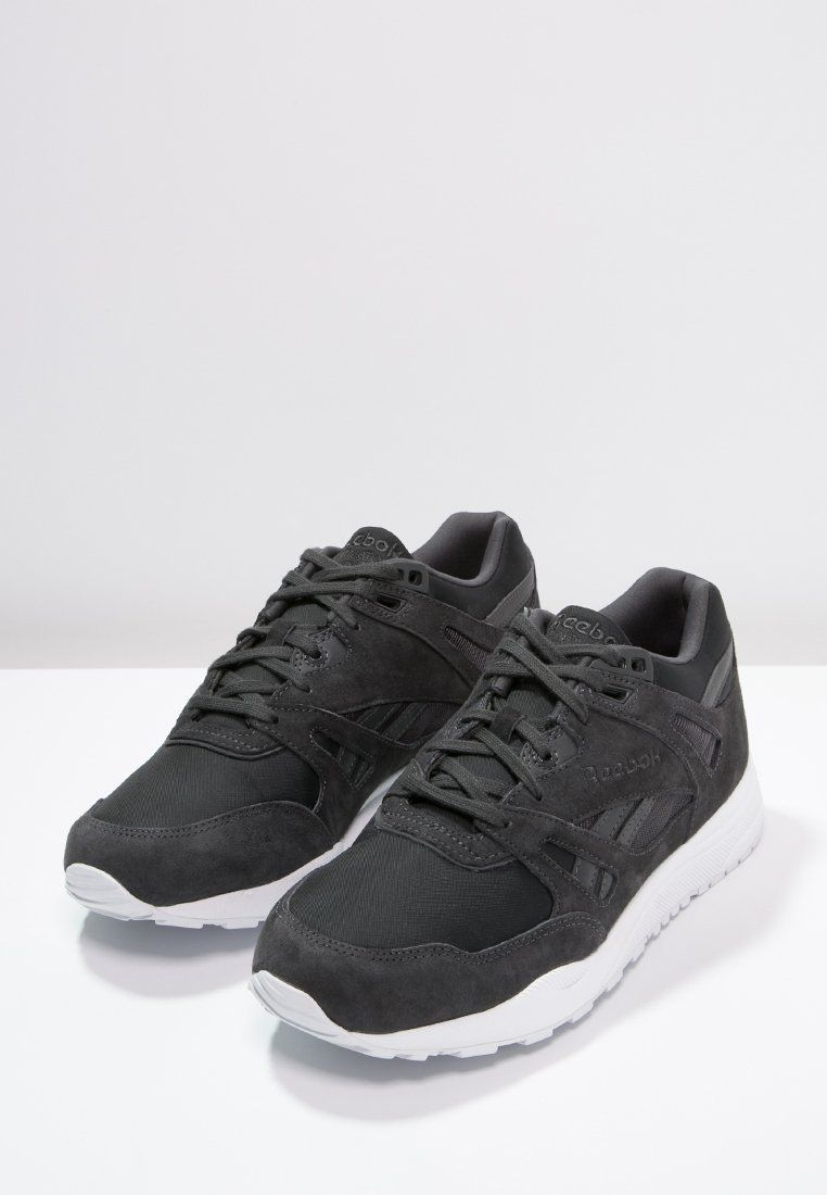 Femme Reebok Classic VENTILATOR SMB - Baskets basses - coal/white gris: 90,