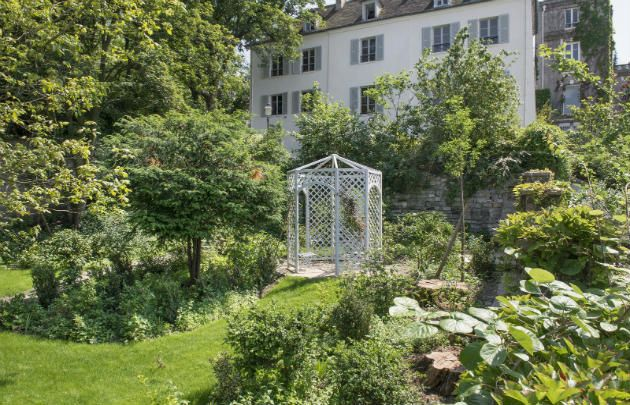 Musée de Montmartre Jardins Renoir - Definitely Paris's most charming museum, it was founded in 1960 in the oldest building in Montmartre, which was also home to a...