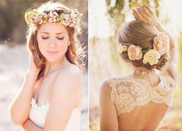 Boho Hochzeitsfrisur Braut Rosa Pink Blume im Haar