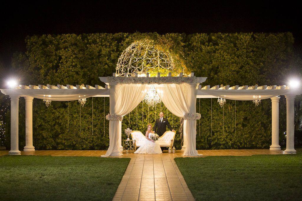 Twinkle Lights At Villa De Amore Temecula California Vineyard Wedding Venue Villa De Amore Twinkle Lights Lights Wedding Venues