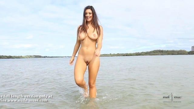 Lindsay lohan nude muse