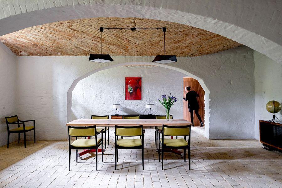 Breezy Makeover: Berlin Apartment Restored with Mediterranean Undertones <3
