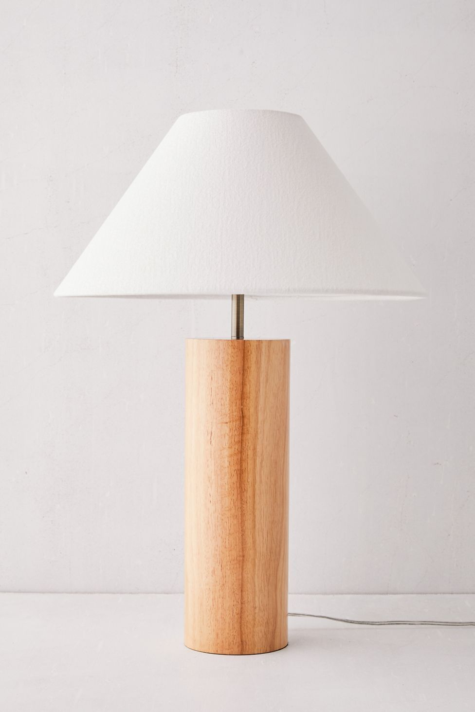 Pin By Indie Hannah Jones On Transitional Living Room In 2020 Table Lamp Wood Table Lamp Lamp #wood #table #lamps #living #room