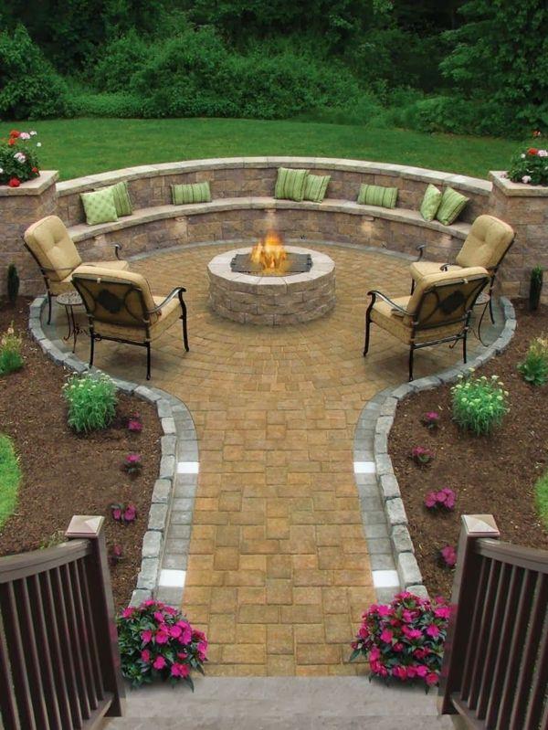 Attraktiv 100 Gartengestaltung Bilder Und Inspiriеrende Ideen Für Ihren Garten    Gartengestaltung Rundförmig Feuerstelle Steinpflaster Dekokissen