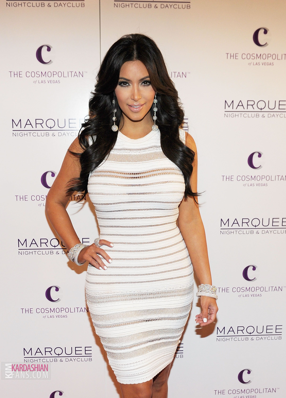 44796532f71 white dress kim kardashian