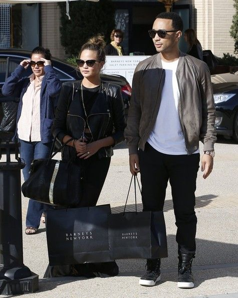 Chrissy Teigen Photos Photos - Couple John Legend and Christine Teigen do some shopping at Barneys New York in Beverly Hills, California on March 21, 2014. - John Legend & Christine Teigen Do Some Shopping At Barneys