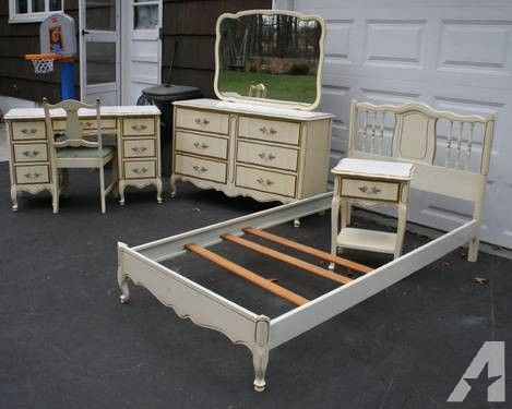 1960 French Provincial Bedroom Furniture | 1960s French Provincial Bedroom  Furniture - 1960 French Provincial Bedroom Furniture 1960s French Provincial