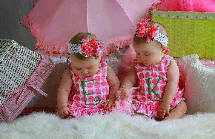 https://www.facebook.com/leovandesign #babies #girls #twins #cute #pink #green #dress
