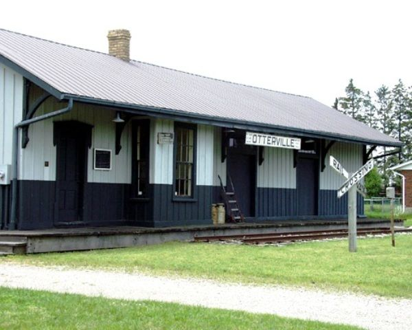 OTTERVILLE, Ontario -Grand Trunk Railway station