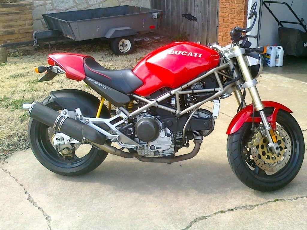 Ducati M900 Ducati M900 Ducati M900 Cafe Racer Ducati M900