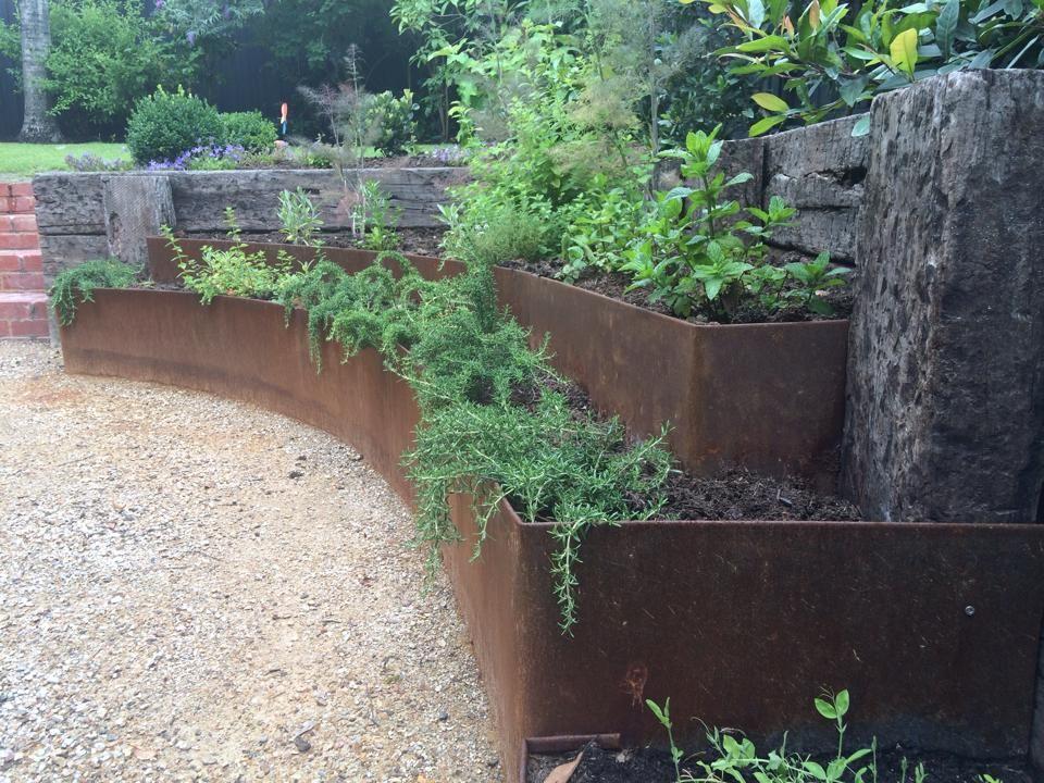 Groundswell Garden Design Management S Groundswell Garden Design Management Plants Retaining Wall Photo