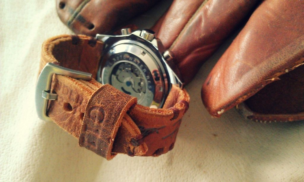 Watch Strap Made From Old Baseball Glove This Would Make A Great Keepsake Handmade Watch Strap Watch Strap Leather Diy