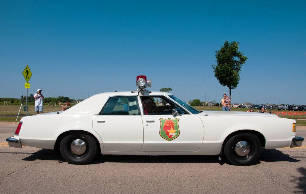 1977 Ford LTD II - Lincoln, Nebraska Police | Classic Law ...