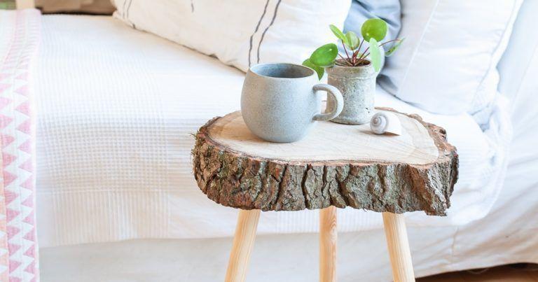Beistelltisch Selber Bauen Aus Baumscheibe Diy Smillas Wohngefuhl Blog Aus Bauen In 2020 Baumscheiben Tisch Couchtisch Baumscheibe Wohnzimmertisch Selber Bauen