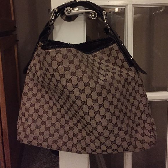 Brown handbag Brown handbag 18 x 13. In great condition Bags