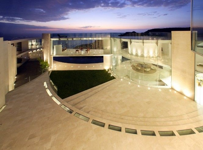 Luxury House With Remarkable Sea View Tony Stark House Modern