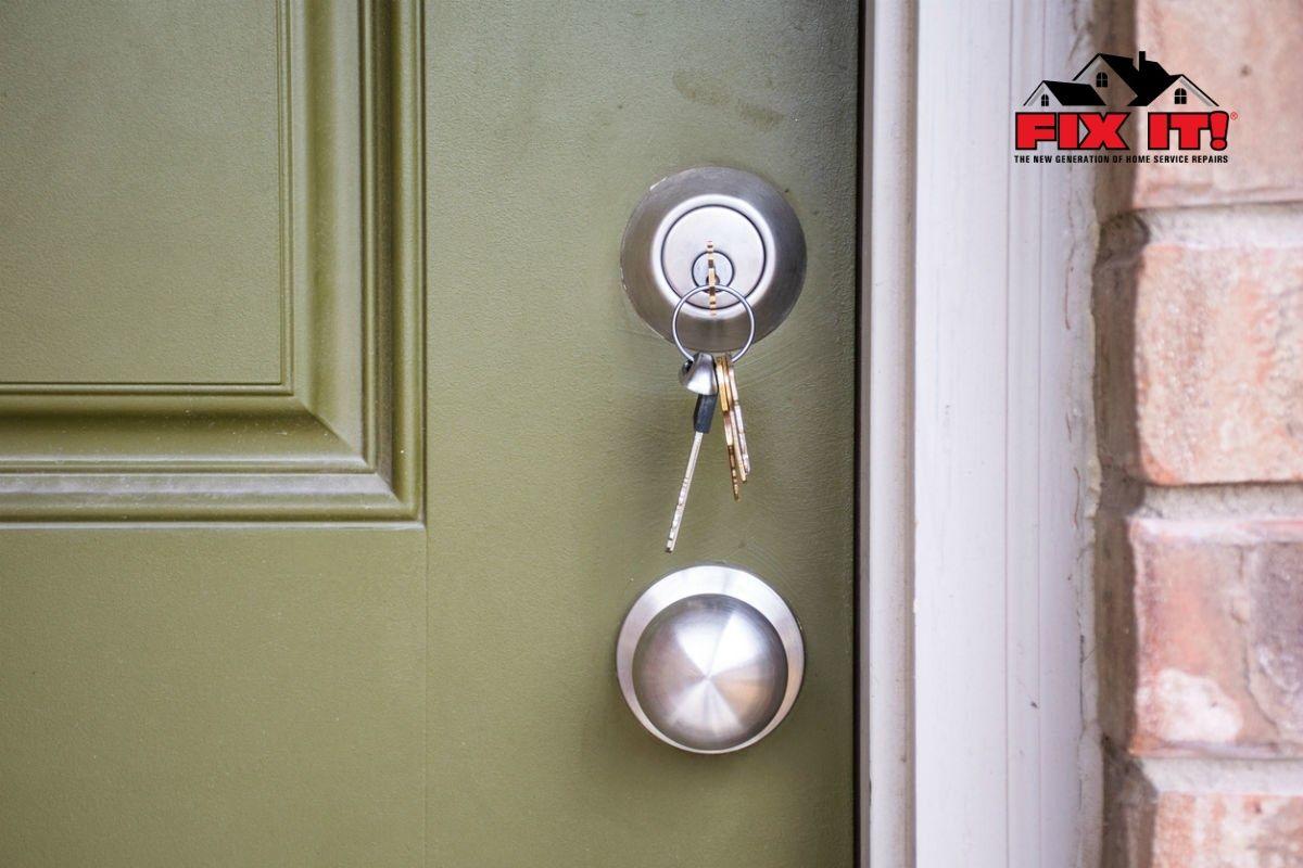 How to Rekey a Door Lock in 2020 Door locks, Old keys, Doors