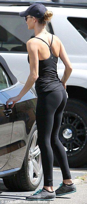 Rosie Huntington-Whiteley Hits The Gym Again As She -2010