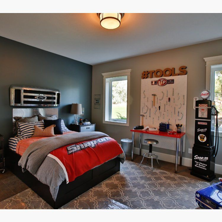 An auto shop inspired room.  Very creative!  Credit to Steven Dailey Construction