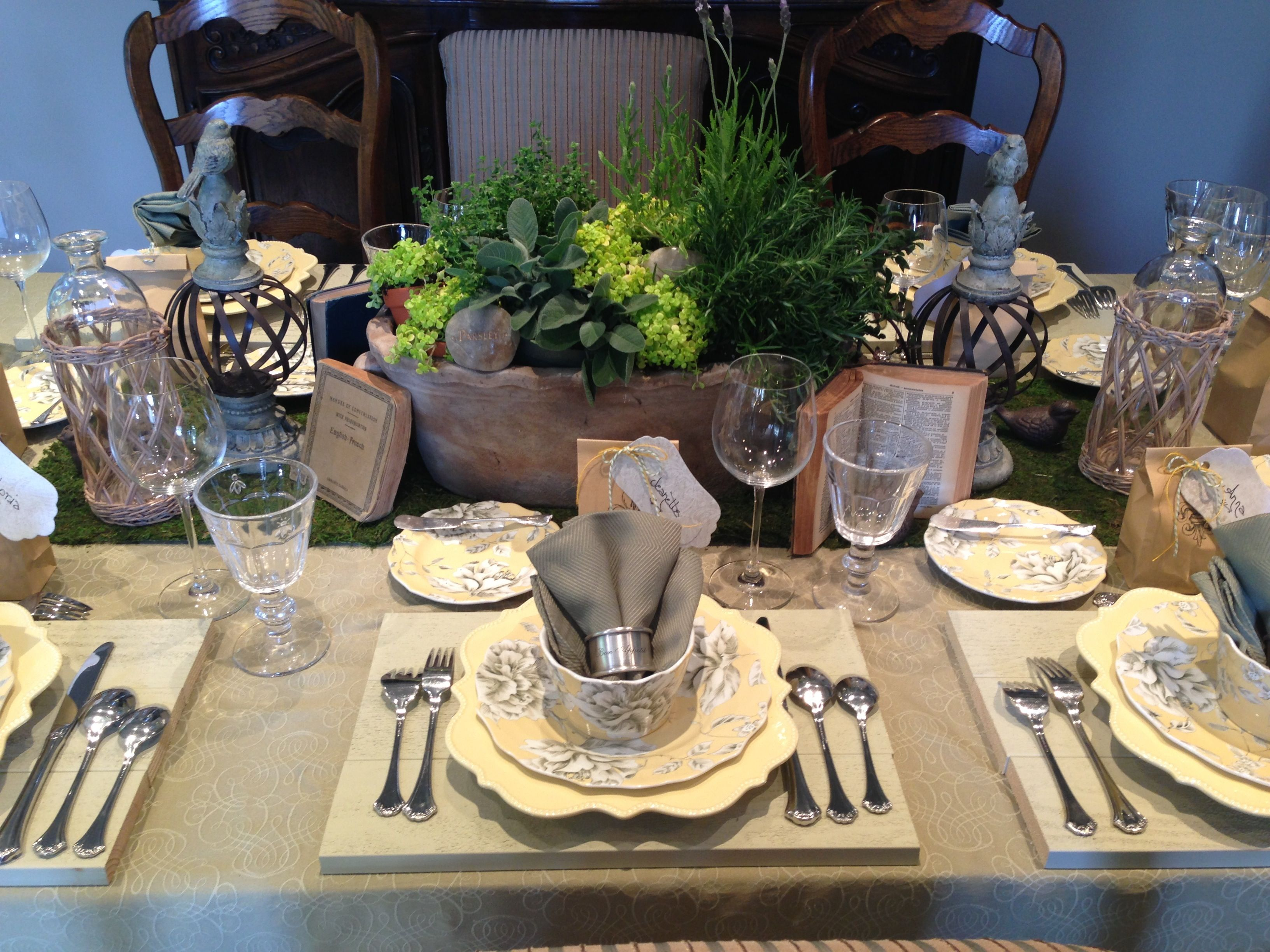 County French table setting by Dress the Table.   Party ideas ...