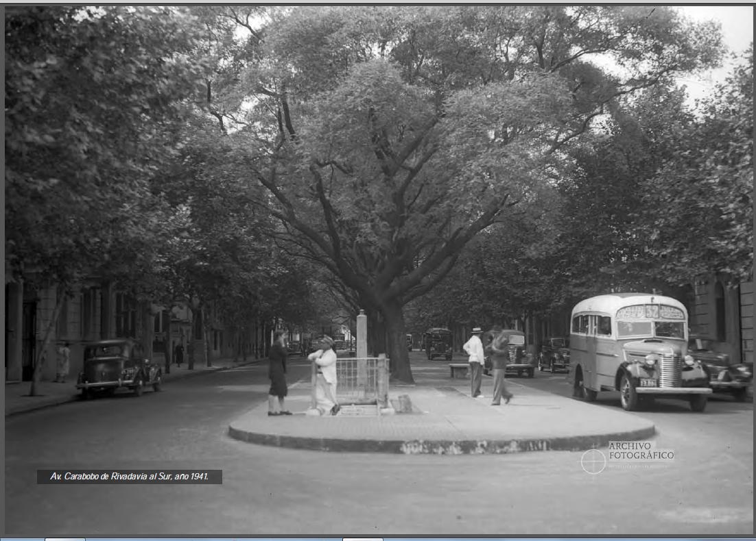 Avenida Carabobo, de Rivadavia hacia el sur. 1941