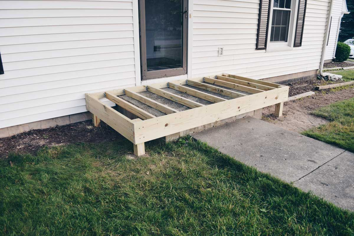 Best Wrapping A Concrete Porch In Wood Concrete Porch 640 x 480