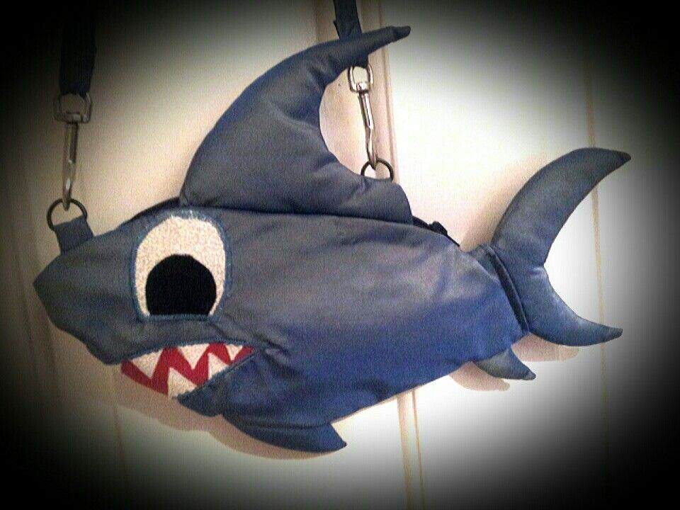 Wee shark handbag - by Agapantha - 2013