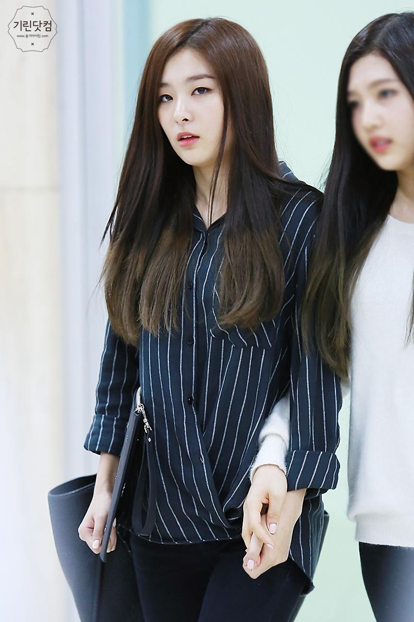 Seulgi Fashion Seulgi Airport Fashion Seulgi Airport 2016 Red Velvet Seulgi 2016 Seulgi Outfits Kpop Idol Airport Fashion Red Velvet Seulgi Seulgi Fashion