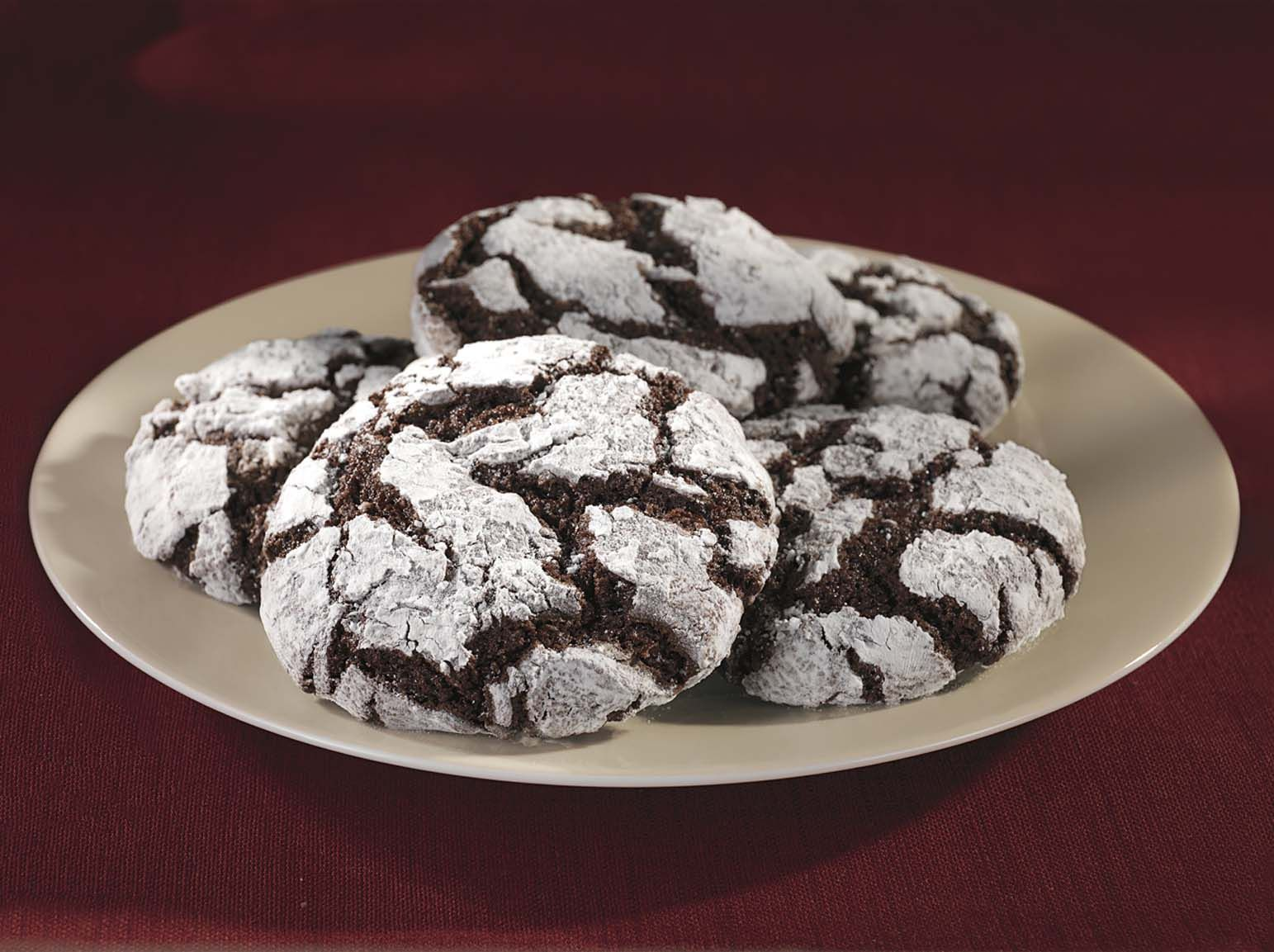 Ghirardelli Chocolate Crackle Cookies | http://www ...