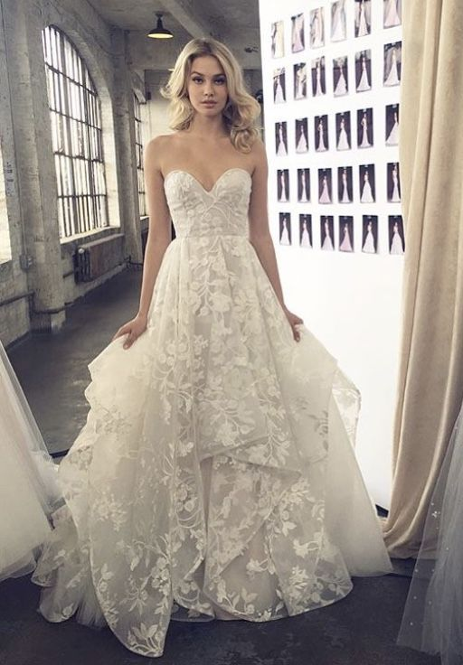 Lulu gown by Hayley Paige   Wedding   Pinterest   Hayley paige ...