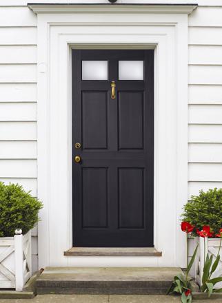 風水で運気アップ 玄関ドアは家の顔 財運は方角とラッキーカラー