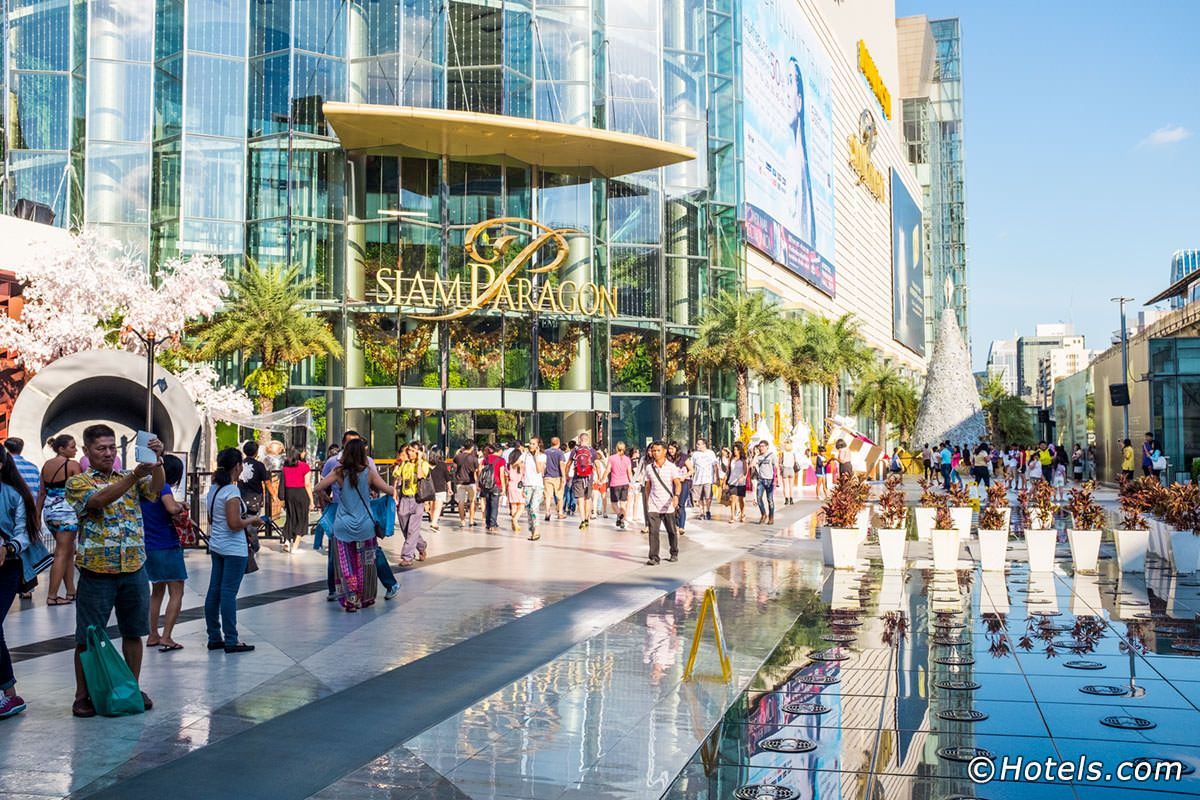 Bangkok has more than enough shopping malls to suit all kinds of lifestyles  and budgets. But these Top 1… | Bangkok shopping, Cool places to visit,  Bangkok thailand