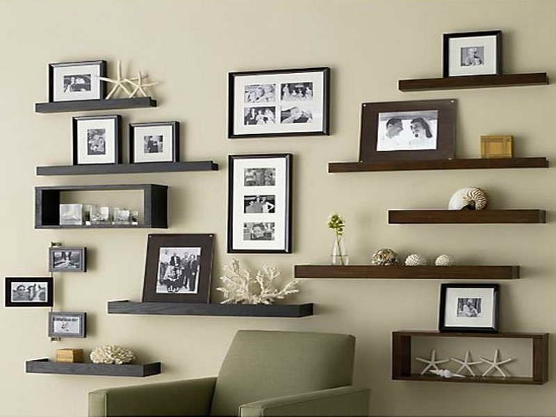 Superb Floating Shelves Ideas Living Room | Floating Shelves Ikea For Living Room  With Framed Pictures Part 10