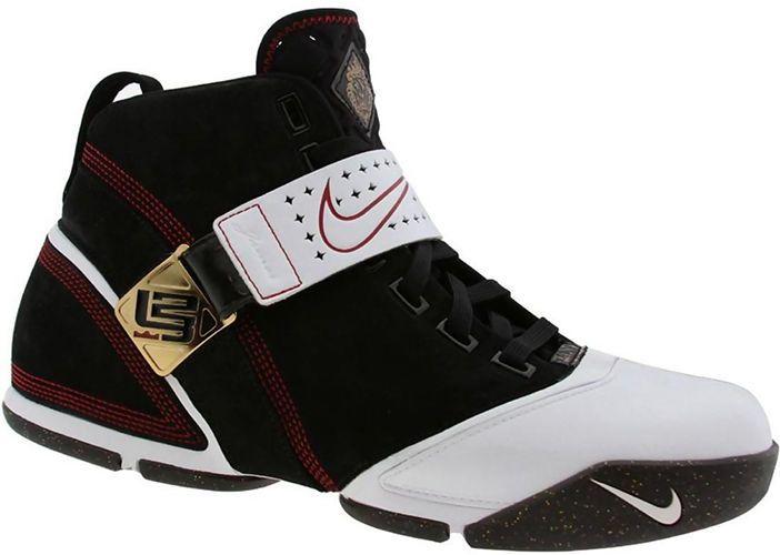 7c05245541b Top-10-Best-LeBron-Shoes-
