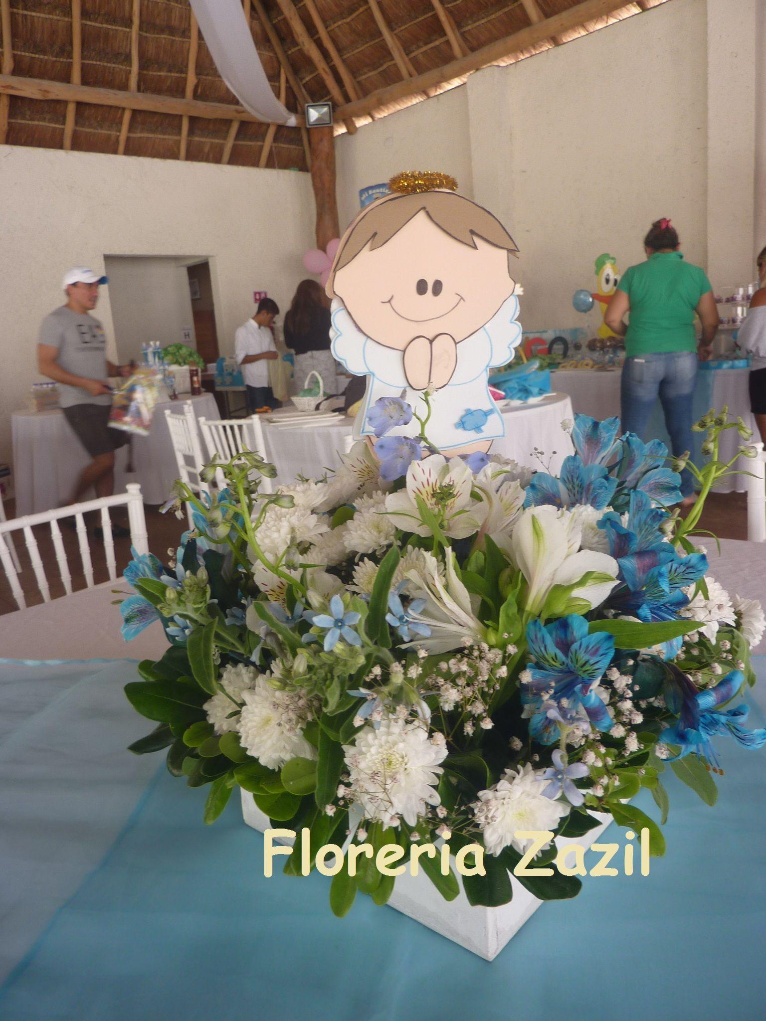 Centro de mesa para bautizo azul y blanco centerpieces