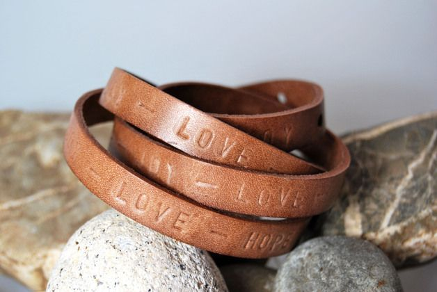 "Leder - Wickelarmband ""Hope - Joy - Love"" von DaiSign:  http://de.dawanda.com/product/69652719-Lederarmband-Wickelarmband-Hope---Joy---Love"