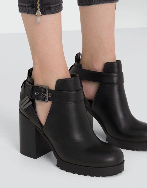 4bfa2f9ee OPENWORK HIGH HEEL ANKLE BOOTS - WOMEN'S SHOES - WOMAN - PULL&BEAR Serbia