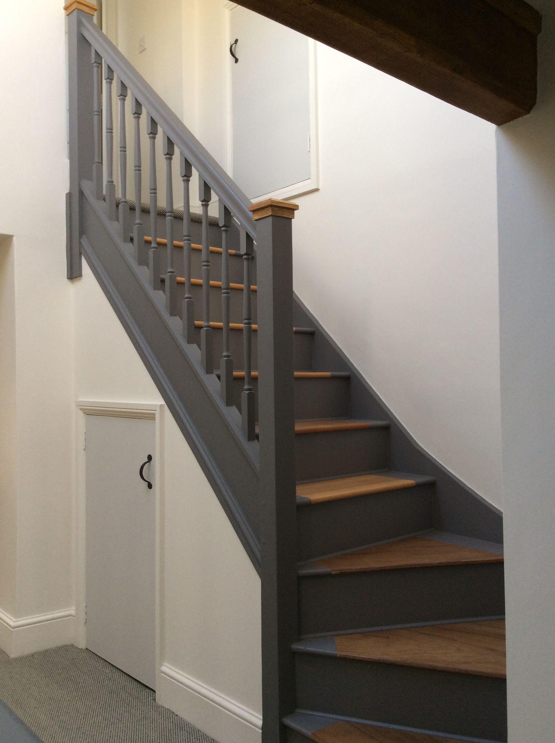 Best Second Floor Staircase Little Greene Paint Dark Lead 400 x 300