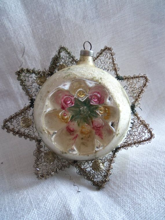 Vintage Crinkle Wire Wrapped Indent Ornament Austria
