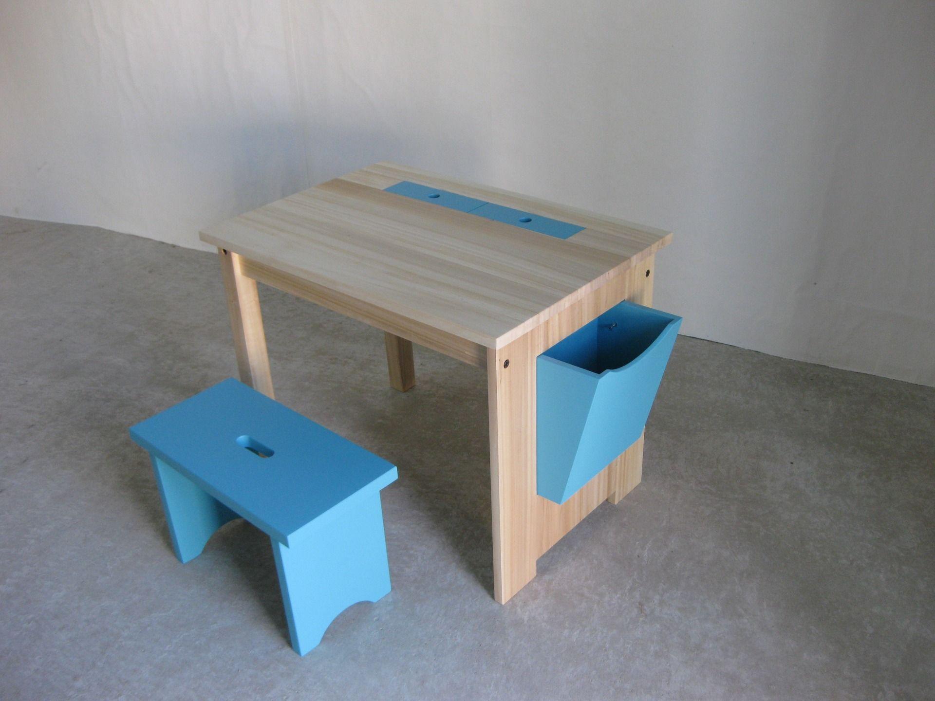 Bureau enfant en bois casier de rangement tabouret style