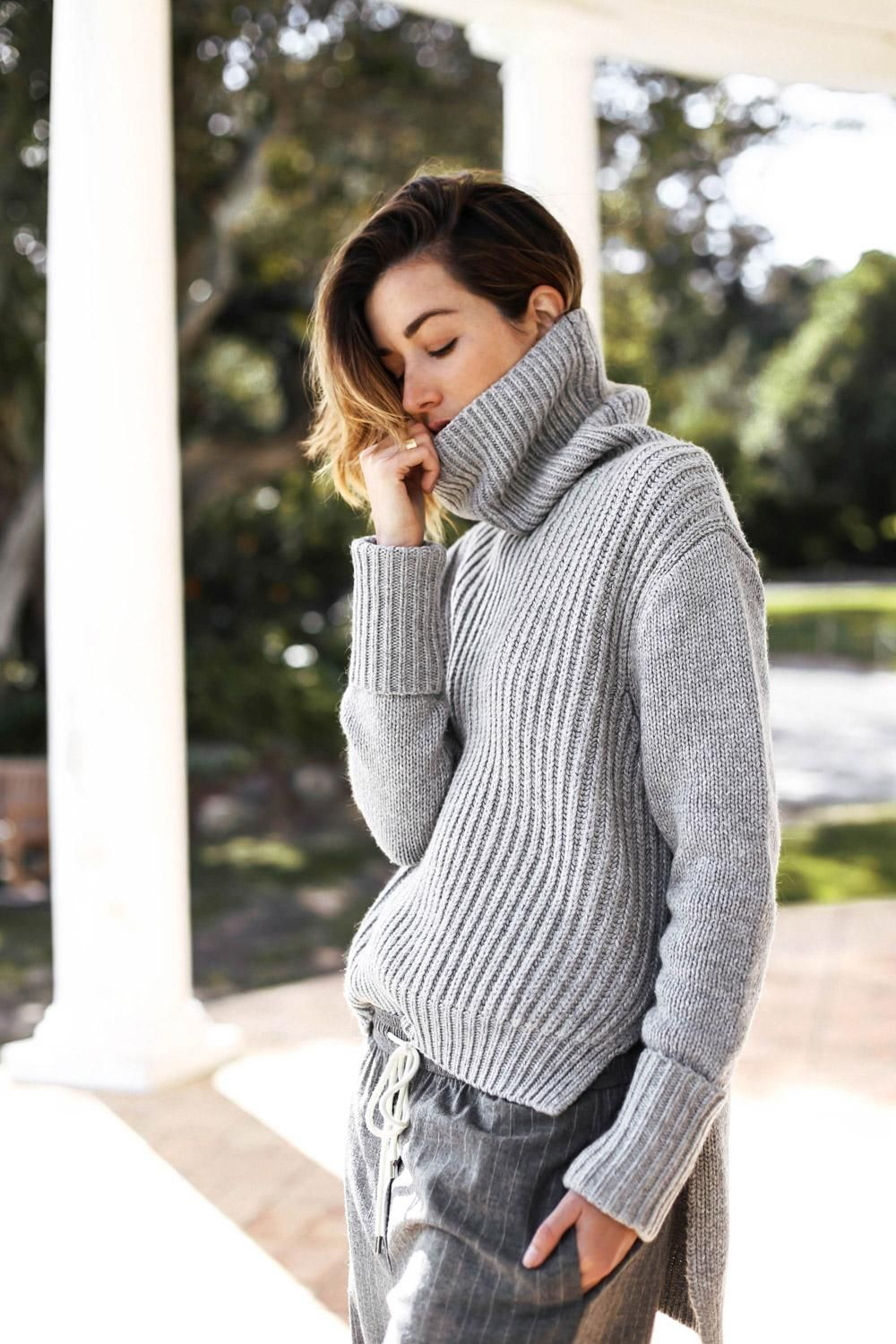 A Handy Guide to Living in Your Oversized Sweater All Winter ...