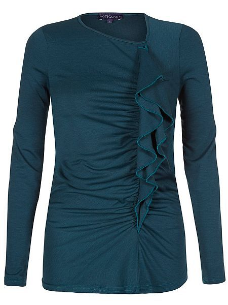 A beautifully feminine teal ruffle top that keeps you warm without the bulk of layers. It`s all down to HotSquash`s unique ThinHeat technology which gives warmth without bulk. It is also easycare, breathable, very quick drying and keeps you fresh.
